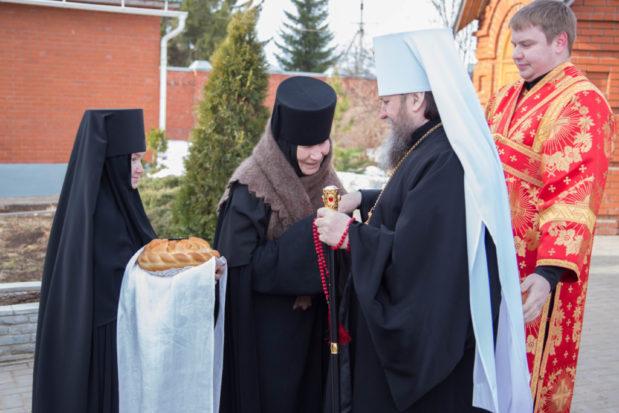 Митрополит Викторин посетил Успенский женский монастырь